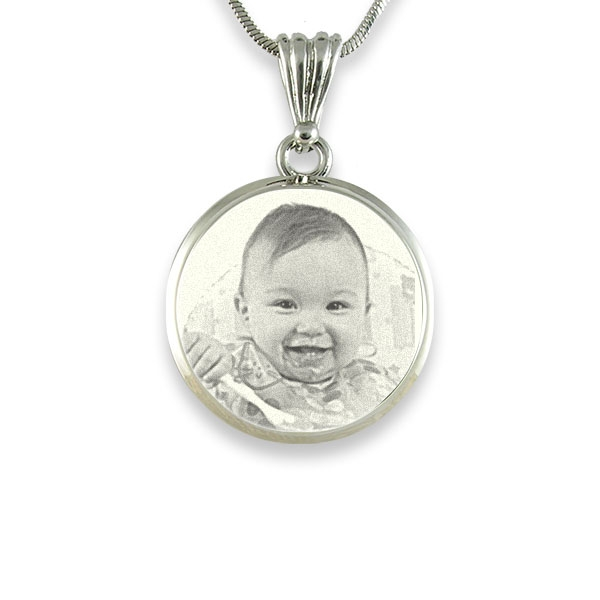 925 Sterling Silver Photo In Circle Pendant Necklace - The Name Jewellery™