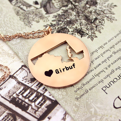 Custom Maryland Disc State Necklaces With Heart  Name Rose Gold - The Name Jewellery™