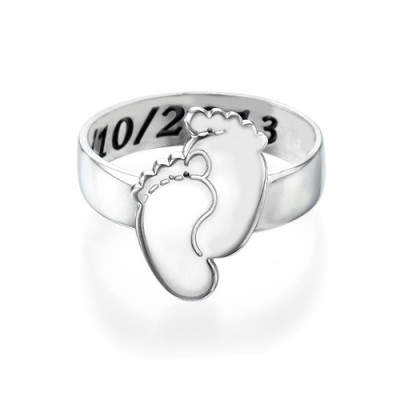 Engraved Baby Feet Ring - The Name Jewellery™