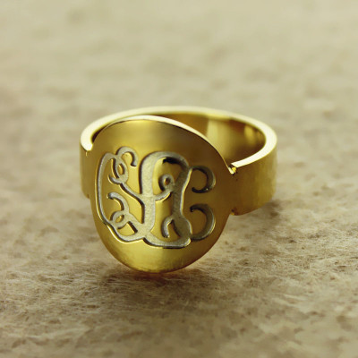 Engraved 18ct Gold Plated Script Monogram Itnitial Ring - The Name Jewellery™