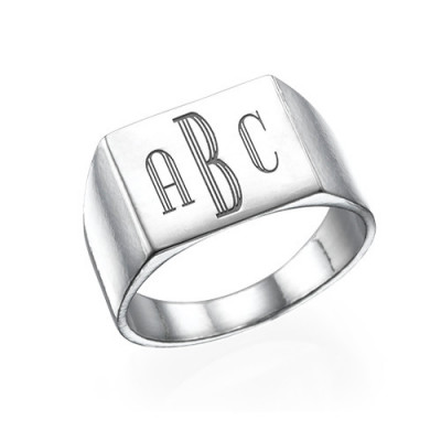 Monogrammed Signet Ring in Silver - The Name Jewellery™