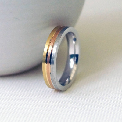 18ct Gold Striped Wedding Ring - The Name Jewellery™