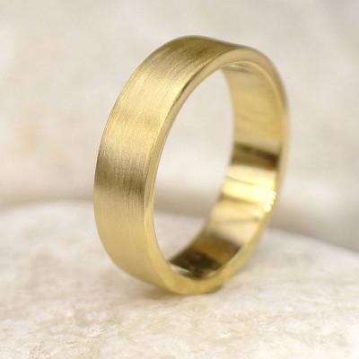 Mens 18ct Gold Wedding Ring, Spun Silk Finish - The Name Jewellery™
