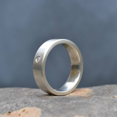18ct Gold Handmade Mens Engagement Ring - The Name Jewellery™