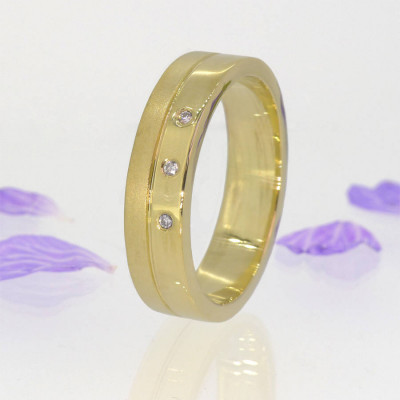 Mens Contemporary Diamond Ring In 18ct Gold - The Name Jewellery™