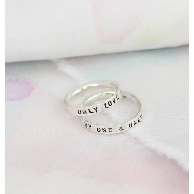 Personalised Script Ring For Couples - The Name Jewellery™