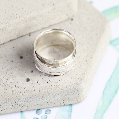 Sterling Silver Hammered Effect Spinning Ring - The Name Jewellery™